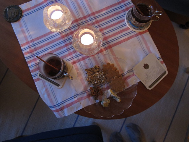 saturday, mulled wine and dinner, glumslöv