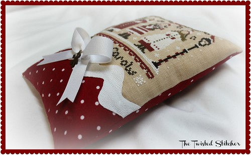The Little Stitcher Red Christmas