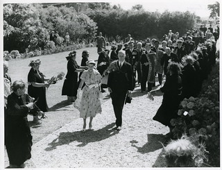 Queen Elizabeth II, Waitangi (December 28 1953)