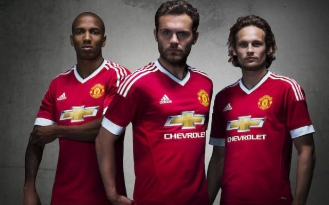 Nova camisa do Manchester United bate recorde de vendas