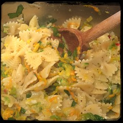 #Homemade #PastaAiFioriDiZucca #CucinaDelloZio - while pasta... Salt and pepper to taste