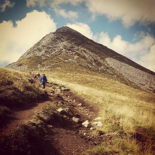 Uitdaging van de dag. #hiking #beautifulfrance #auvergne