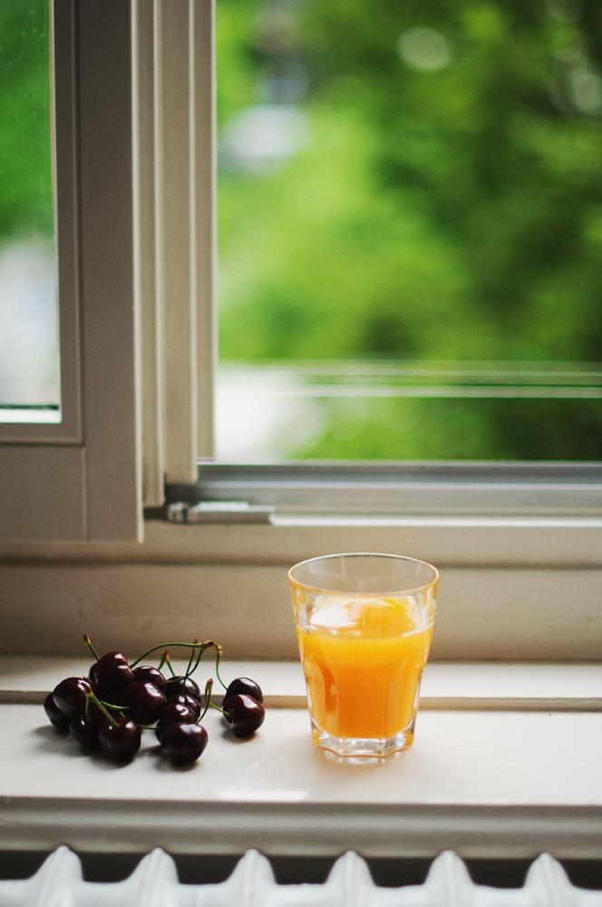 Day 258.365 - Cherries and Orange Juice