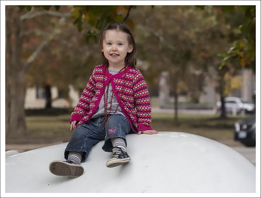 Madeleine At Citygarden 2015-10-24 6