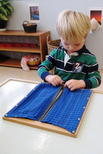 Toddler - Zipper Frame