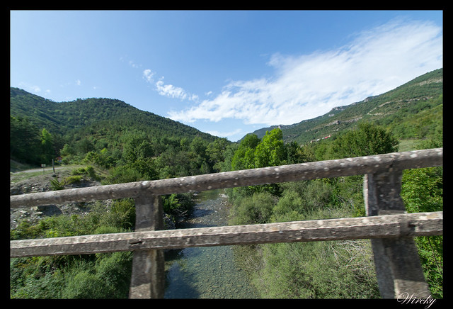La Foz de Biniés y el pueblo de Biniés - Río Veral