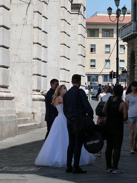 mariée à Pise