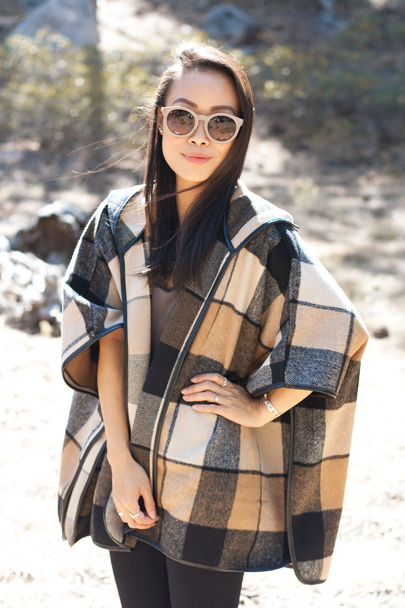 05-plaid-poncho-tahoe-travel-style-fashion