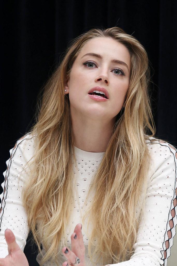 Эмбер Хёрд — Пресс-конференция «Девушка из Дании» на «TIFF» 2015 – 52