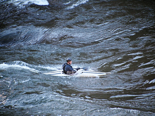 Kayaker in Great Falls (02)