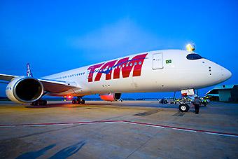 LATAM Airlines A350-900 PR-XTA TAM en CNF (LATAM Airlines)