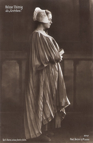 Helene Thimig in Faust (1920)