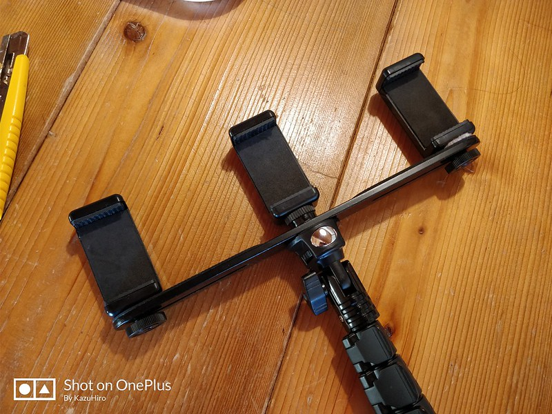 3つのスマホを同時に撮影する装置 (11)