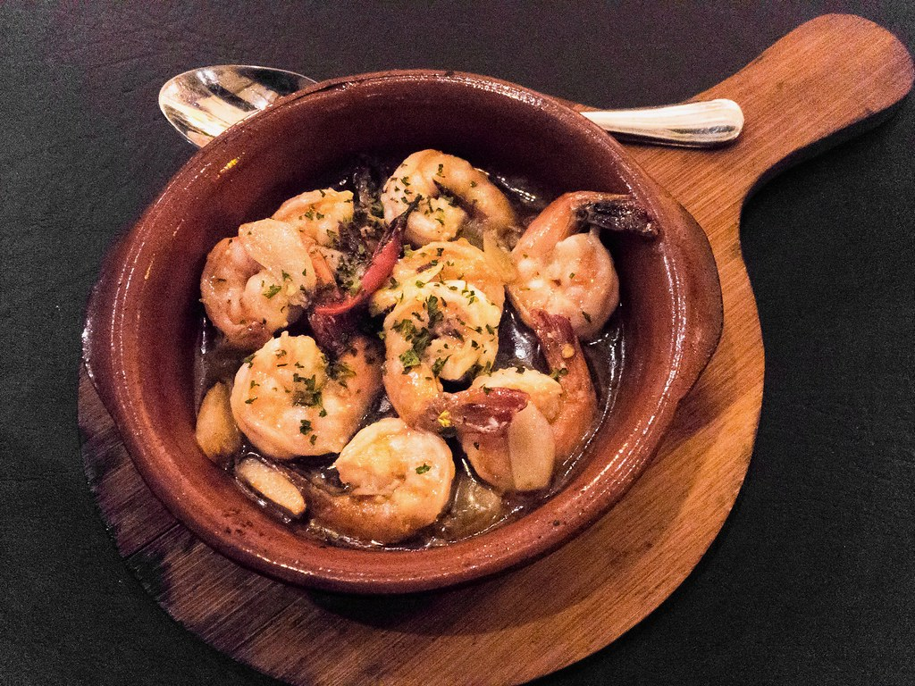 Oye Tapas & Grill Review - Gambas
