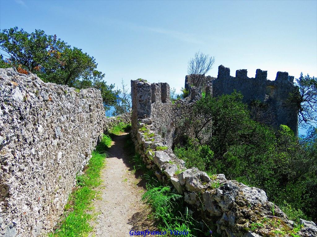 Passeggiata Torre dello Ziro in Costiera Amalfitana