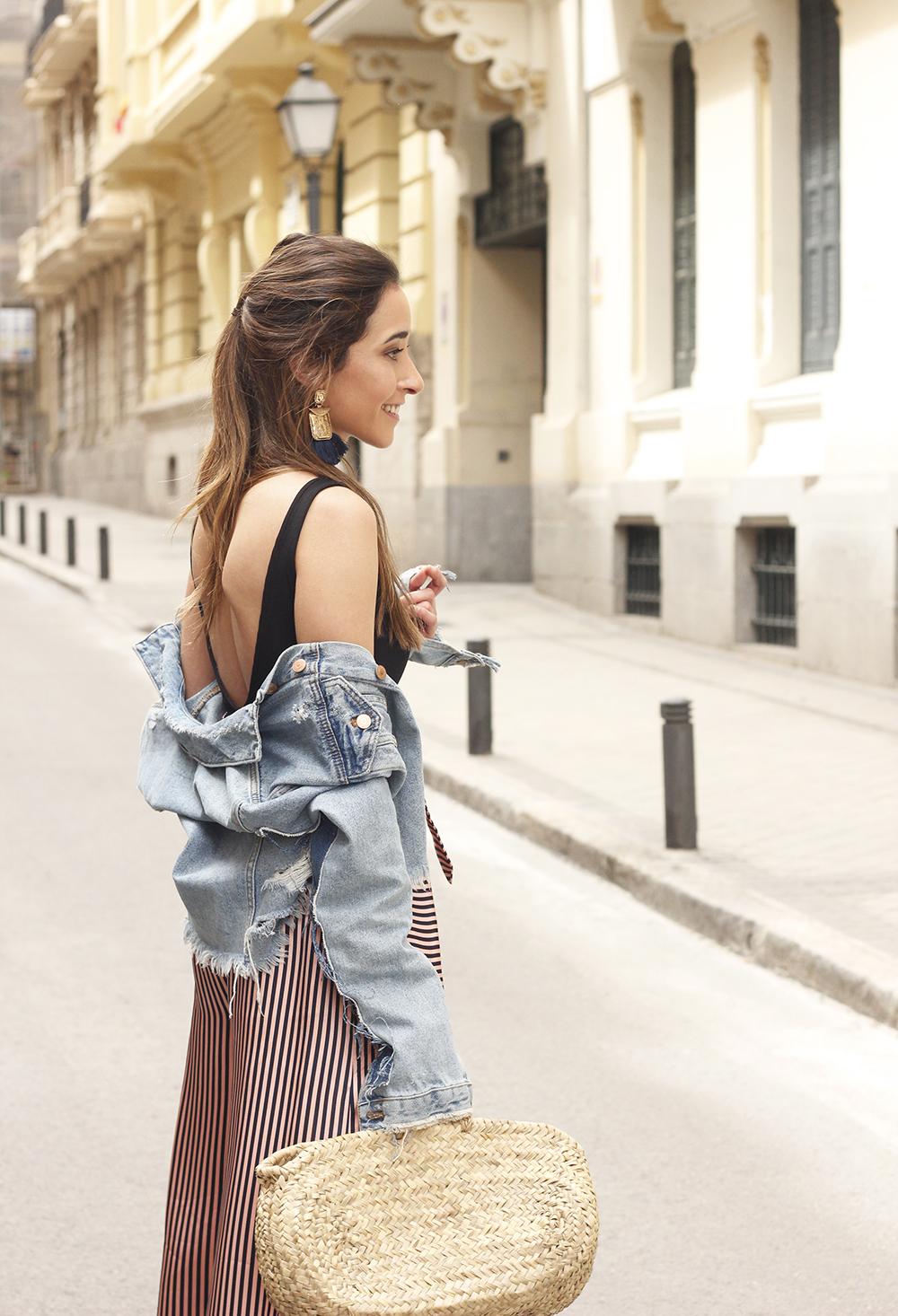 striped palazzo trousers uterqüe zara bodysuit denim jacket spring outfit 201814
