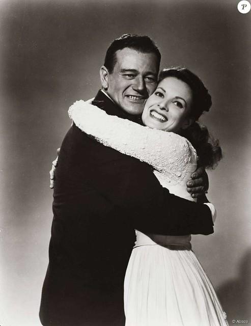 Maureen O`Hara and John Wayne - Photo 2