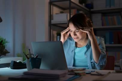Bahaya Kesehatan Jika Selalu Bekerja Malam Hari Bagi Wanita