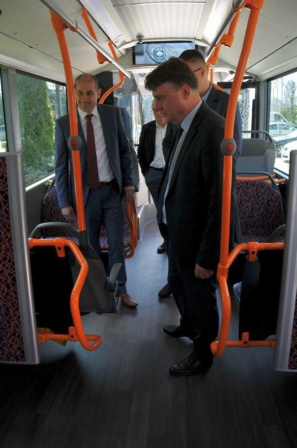ЈСП Автобуси на метан 1