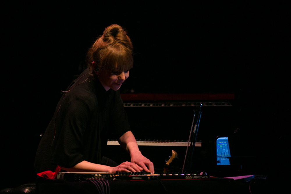 POPPY ACKROYD - PIANO DAY