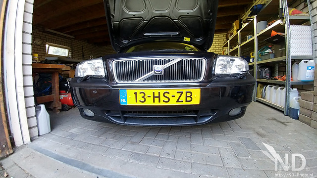 Volvo S80 2.4T Repainting All The Trim!