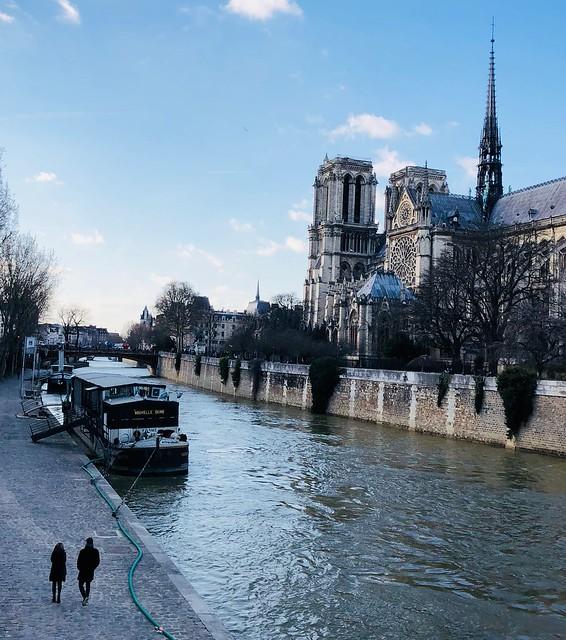 A World Between ~ Paris ~ MjYj