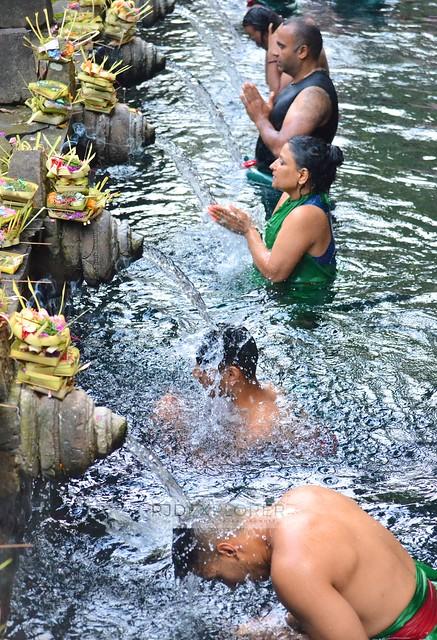 bali itinerary tirta empul temple