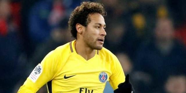 http://cafegoal.com/berita-bola-akurat/manchester-united-akan-tuker-paul-pogba-dengan-neymar/