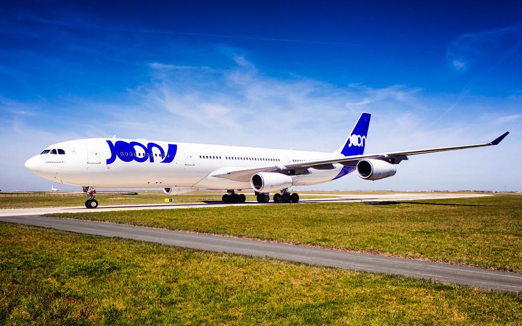 CDG A340-300 F-GLZP JOON