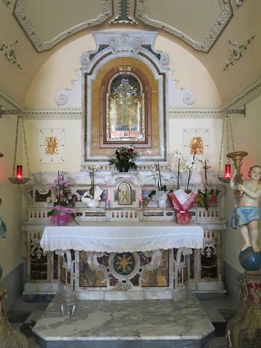 Santuario della Madonna della Montagna di Polsi - Altare della Santa Croce