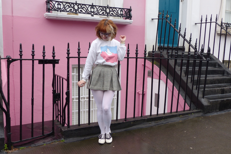 pink clouds moomin outfit novelty print vintage sixties 60s miniskirt notting hill 80s camden7
