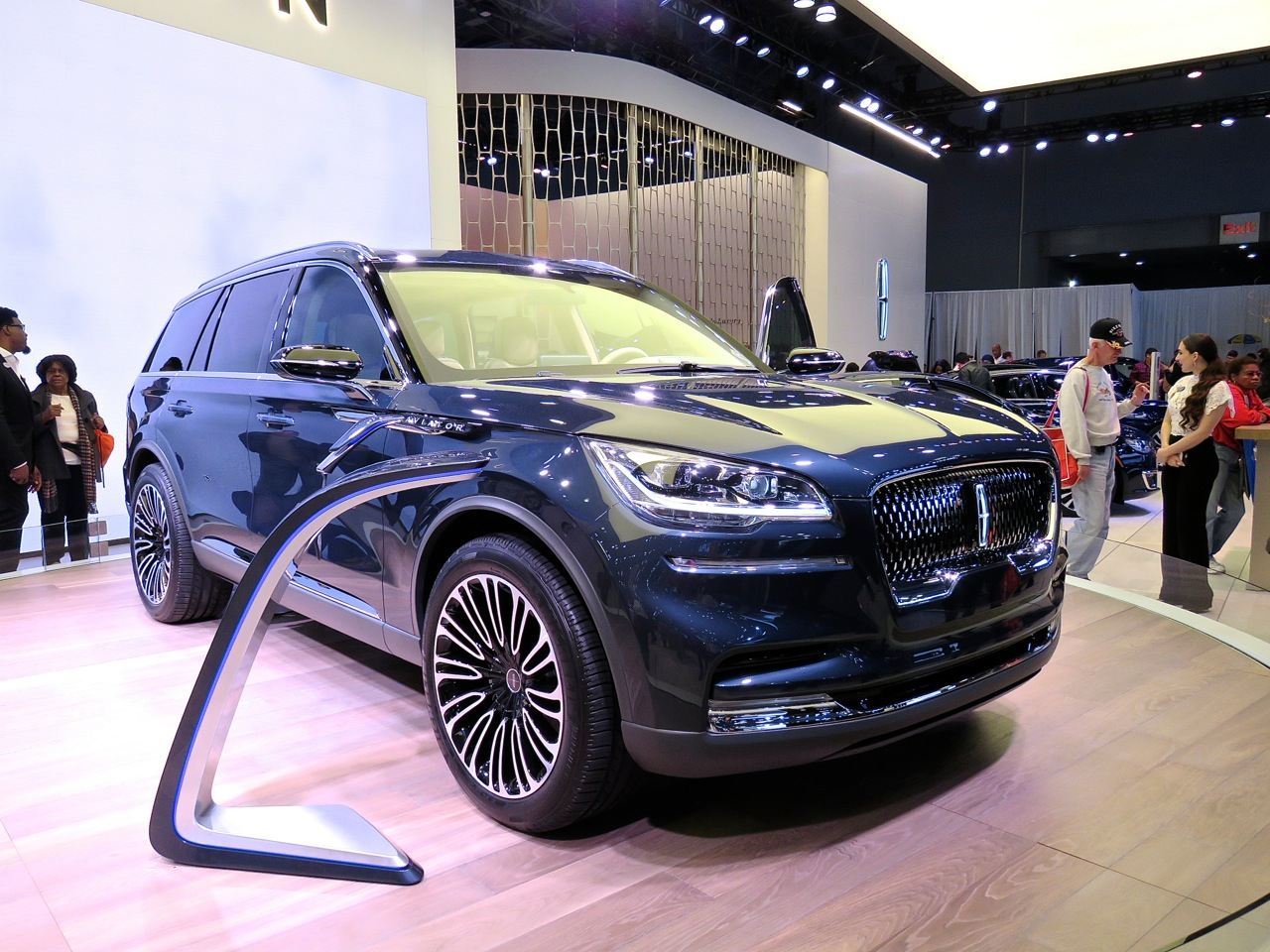 NYIAS 2018 Lincoln Aviator