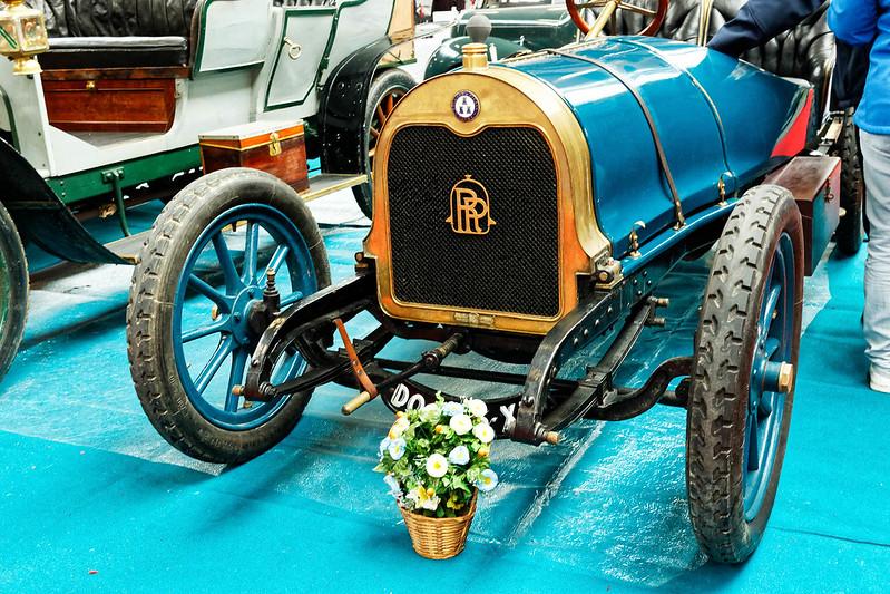 Les Renault du 31 ème Salon du Véhicule Champenois à Reims !  40294175394_ff1612654f_c