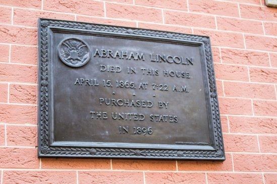 Plaque at the Petersen House, Washington, D.C.