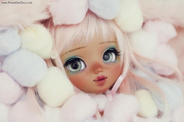 Hi! I'm Mikuru :3