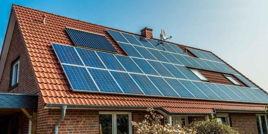 De minuscules bosses dans les panneaux solaires pourraient les rendre plus efficaces