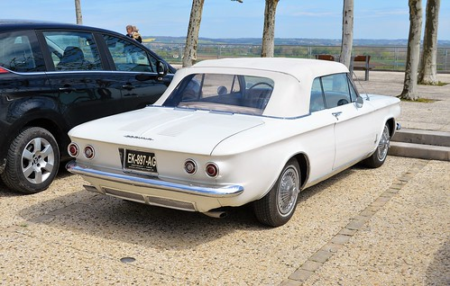Chevrolet Corvair - 02