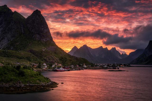 the peaks of reinefjorden
