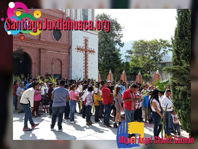 Celebración del Domingo de Ramos en Santiago Juxtlahuaca.