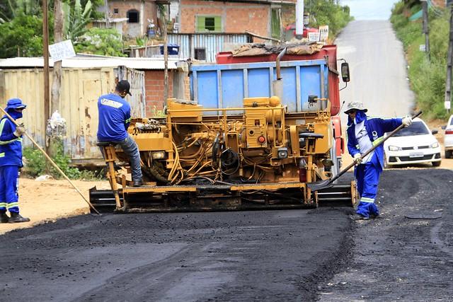 14.04.18.Vice prefeito Marcos Rotta visita obras do bairro Lagoa Azul