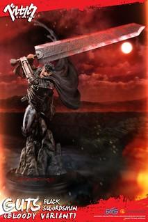 揮舞斬龍巨劍的暴亂姿態完全再現!! First 4 Figures《烙印勇士》黑衣劍士 凱茲 ベルセルク Berserk Guts: Black Swordsman 全身雕像作品