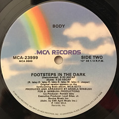 BODY:FOOTSTEPS IN THE DARK(LABEL SIDE-B)