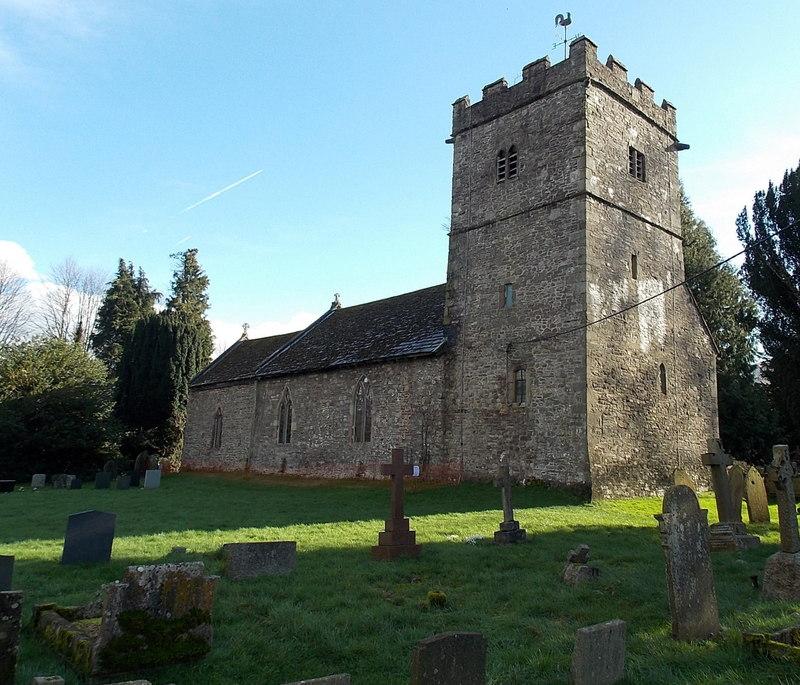 Llanwenarth Citra, St Peter