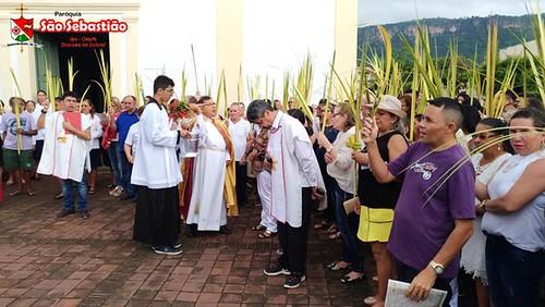Missa de Ramos e Entrega do Terço que faz parte do percurso de Catequese de Crisma