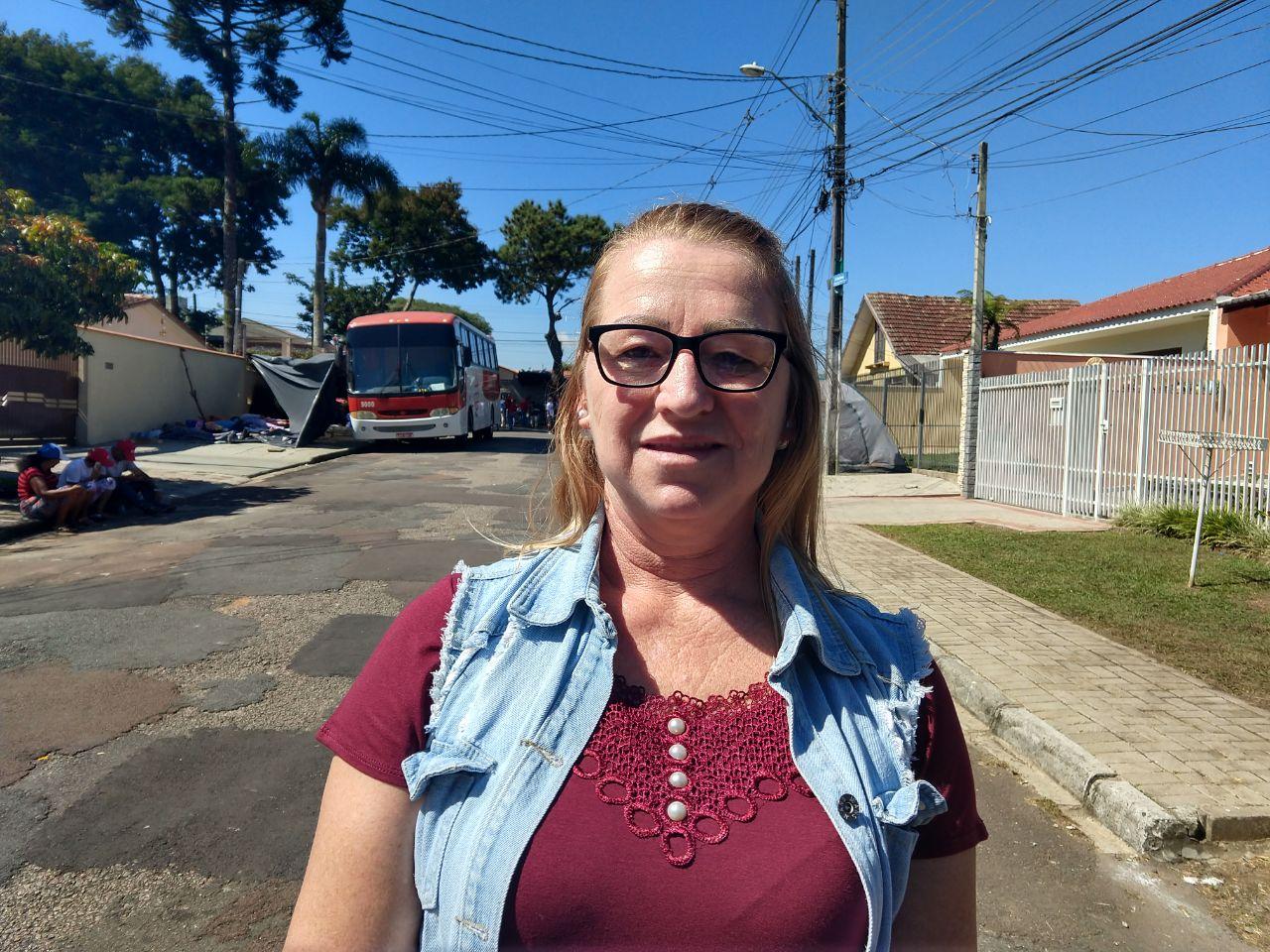 A agricultura Lizete Bernardi veio do Oeste catarinense para prestar solidariedade ao ex-presidente Lula. / foto: Franciele Petry
