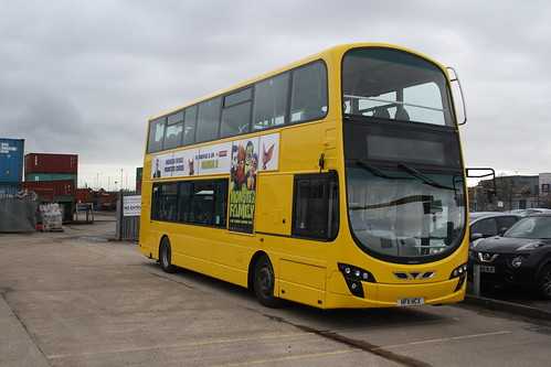 Yellow Buses 124 HF11HCX