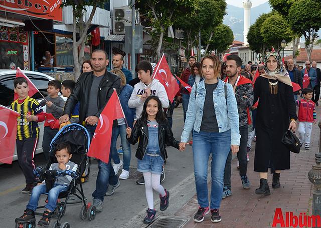 Türk Eğitim Sen Alanya Temsilciliği 18 Mart Çanakkale Zaferi Anısına Şehitlere Saygı Yürüyüşü -10