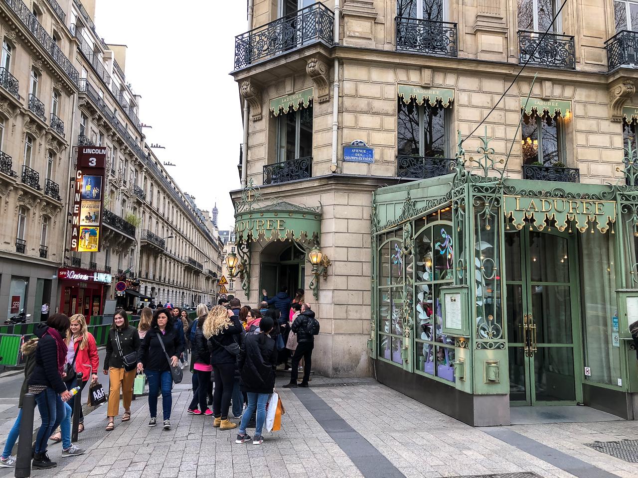 Maison Ladurée, Paris, Champs-Élysées