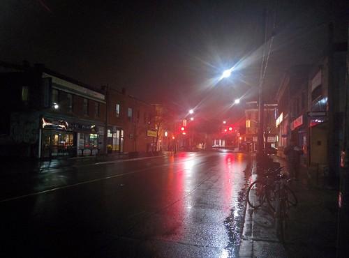 Looking north, Dovercourt and Bloor #toronto #bloorcourt #dovercourtroad #bloorstreet #bloorstreetwest #lights #night #rain #latergram