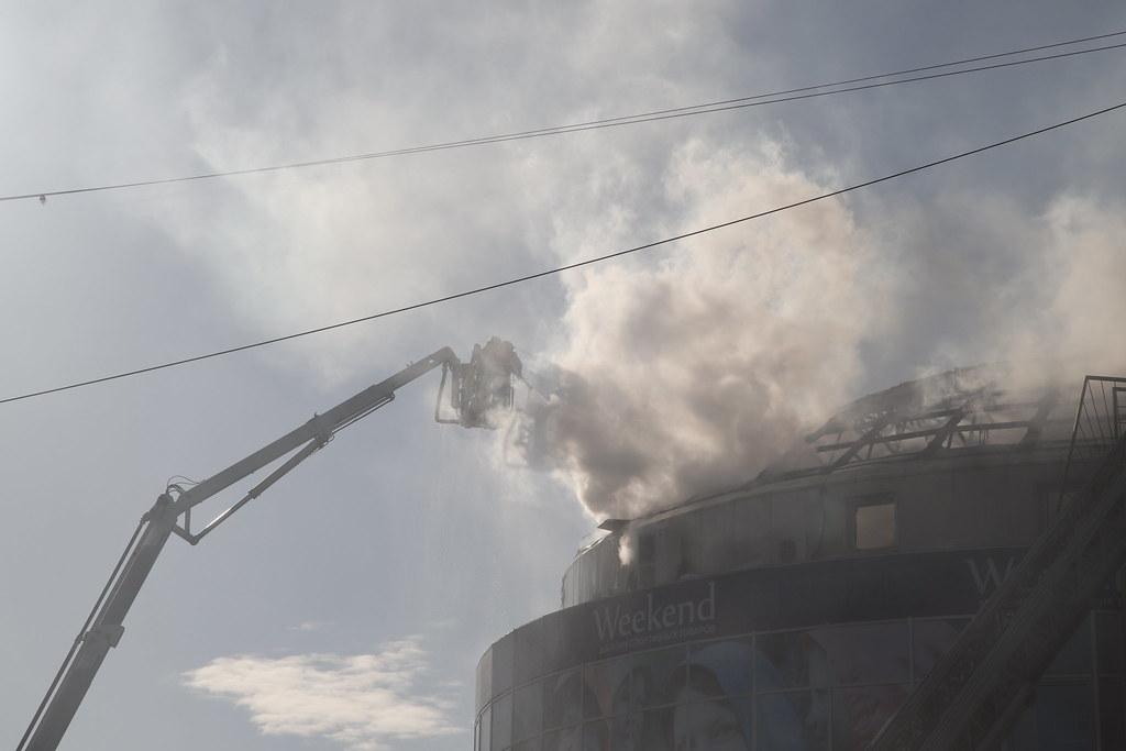 Пожар в торговом центре Архангельска